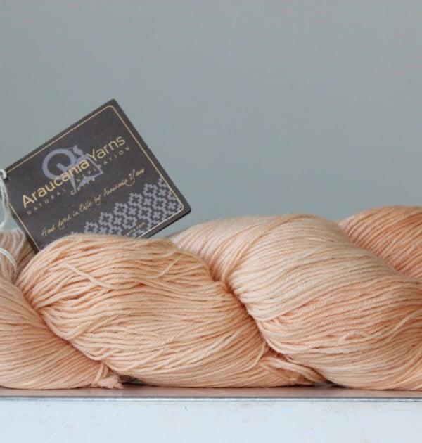 Araucania Ranco Solid sokkenwol abricoos