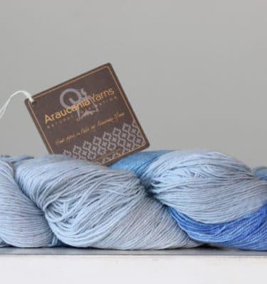 Araucania Ranco sokkenwol baby blauw