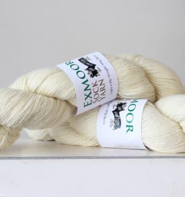 Emoor sock yarn white